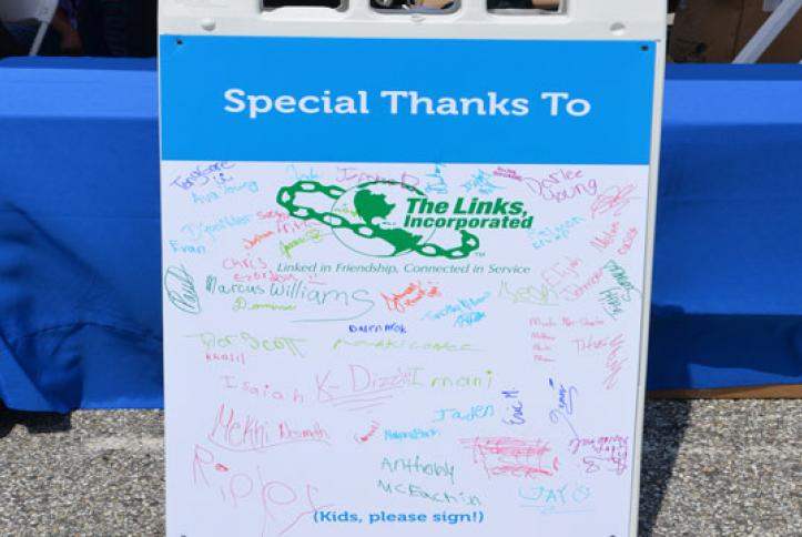 A special thanks to The Links, Incorporated, from the kids.
