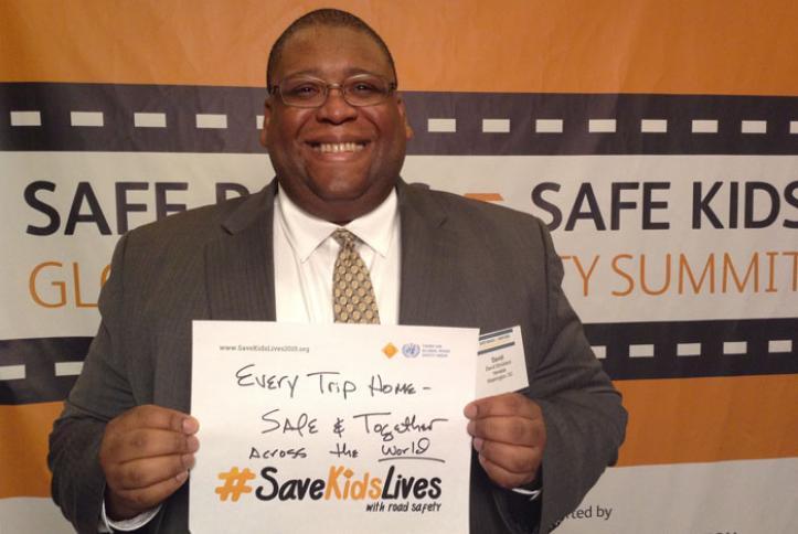 Former NHTSA Administrator David Strickland takes a #safie.