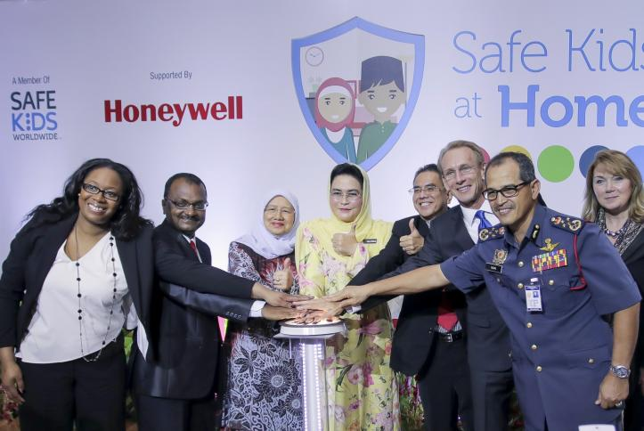 Celebrating the launch of Safe Kids at Home