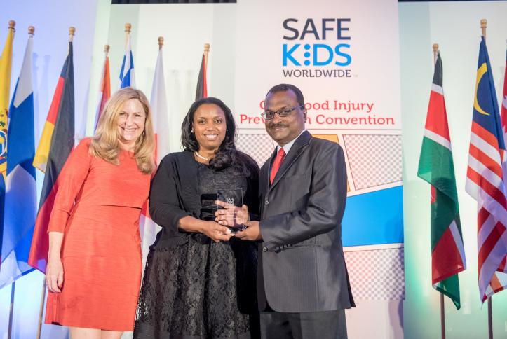 Dr. Kulanthayan KC Mani, Safe Kids Malaysia Excellence in Communications Award recipient.