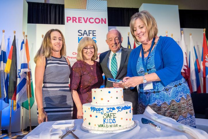 SKW founder and founding sponsor J&J celebrate 30 years of keeping kids safe.